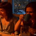 Kaffe und Kuchen genießen